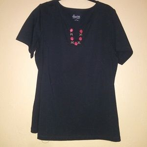 Womans tee L
